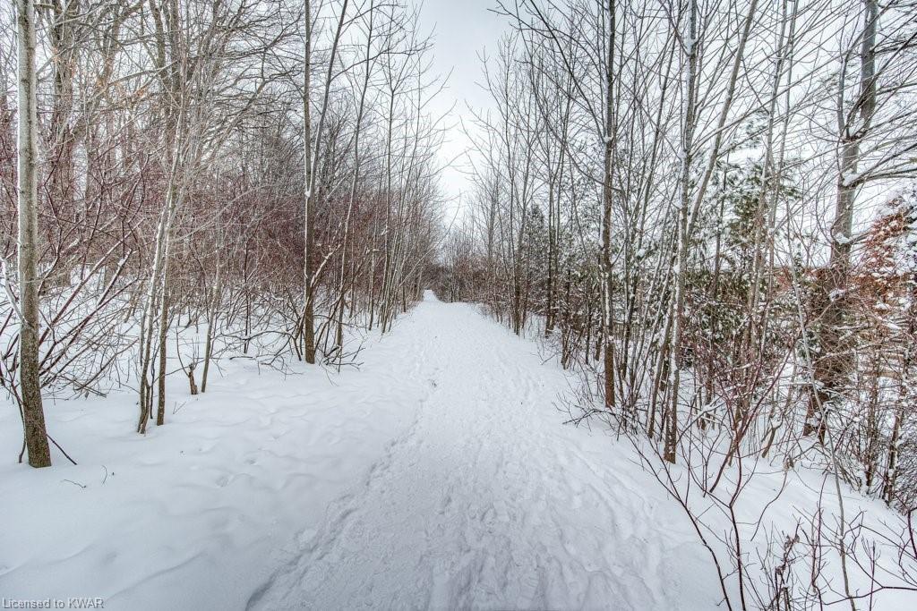 574 WINTERBURG Walk, Waterloo, Ontario (ID 40060779)