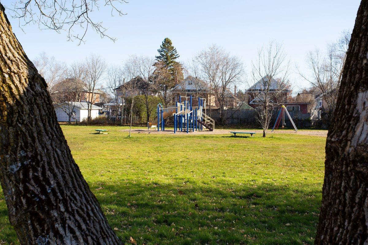 166 Upton Road, Sault Ste. Marie, Ontario (ID SM130234)