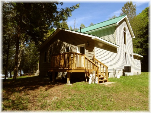 Scotts Road, Apsley, Ontario (ID 1536brown)