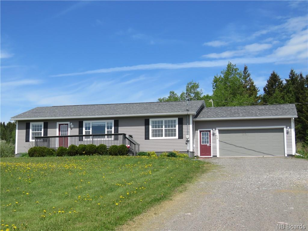 2161 Route 820, Hampton, New Brunswick (ID NB041201)