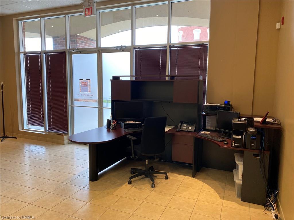 150 COLBORNE Street Unit# 3, Brantford, Ontario (ID 40084165)