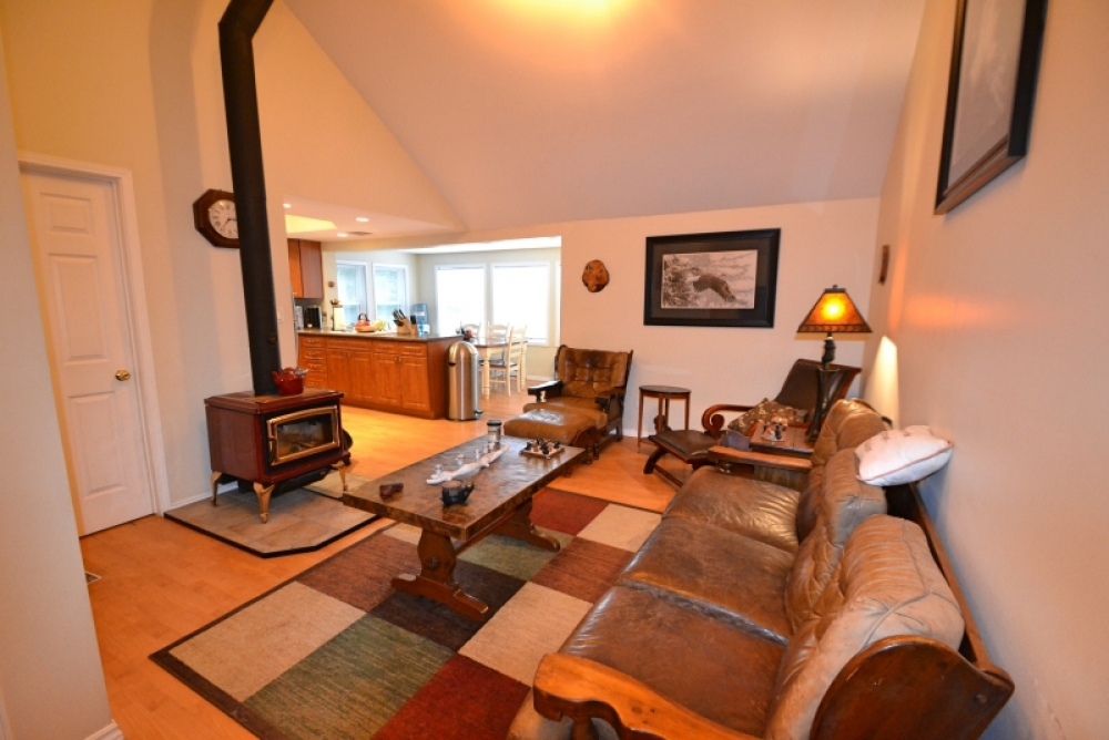 63 Salmon Trout Lane, Hastings Highlands, Ontario (ID 231246)
