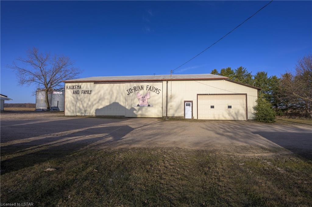 29469 HANSFORD Road, Adelaide Metcalfe, Ontario (ID 40088059)