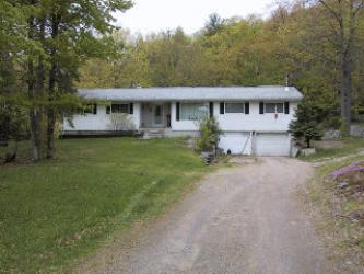 2479�KENNISIS LAKE�RD��, West Guilford, Ontario (ID 462404100026800)