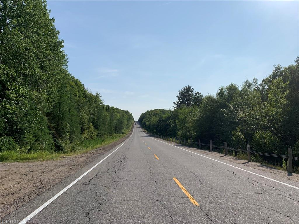 MUSKOKA ROAD 117 Highway, Dorset, Ontario (ID 233791)