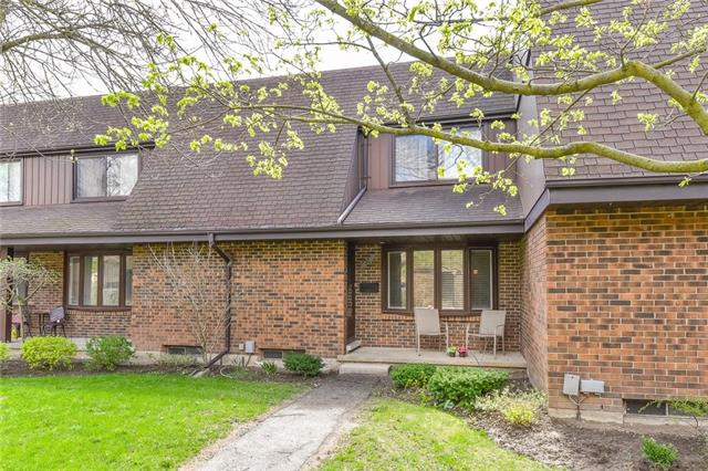 10-285 Sandowne Drive, Waterloo, Ontario