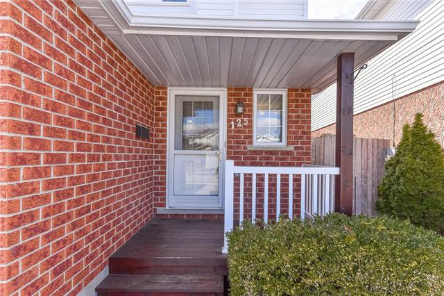 125 PINE MARTIN Crescent, Kitchener, Ontario