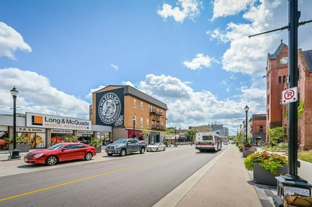 204 36 REGINA Street N, Waterloo, Ontario