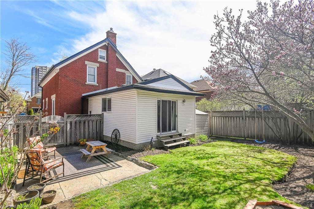793 BELMONT Avenue W, Kitchener, Ontario