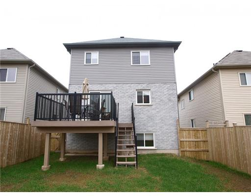 1216 COUNTRYSTONE DR, Kitchener, Ontario (ID 1124840)