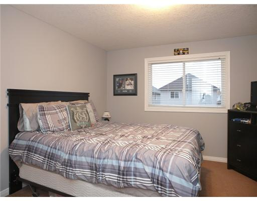 58 SWEET WILLIAM ST, Kitchener, Ontario (ID 1147072)
