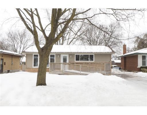 54 MAYWOOD RD, Kitchener, Ontario (ID 1411409)