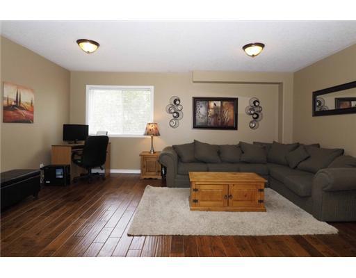 16 - 317 MILL ST, Kitchener, Ontario (ID 6)