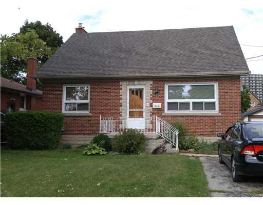 102 ELLIS AV, Kitchener, Ontario (ID 1537382)