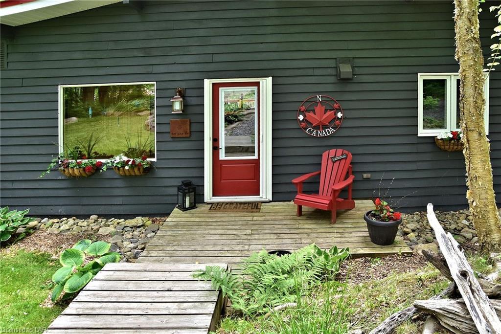 1011 CARNATION Lane, Haliburton, Ontario (ID 204059)