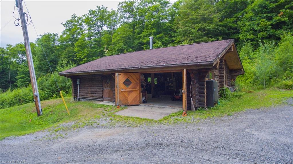 1011 CARROLL Road, Haliburton, Ontario (ID 254377)