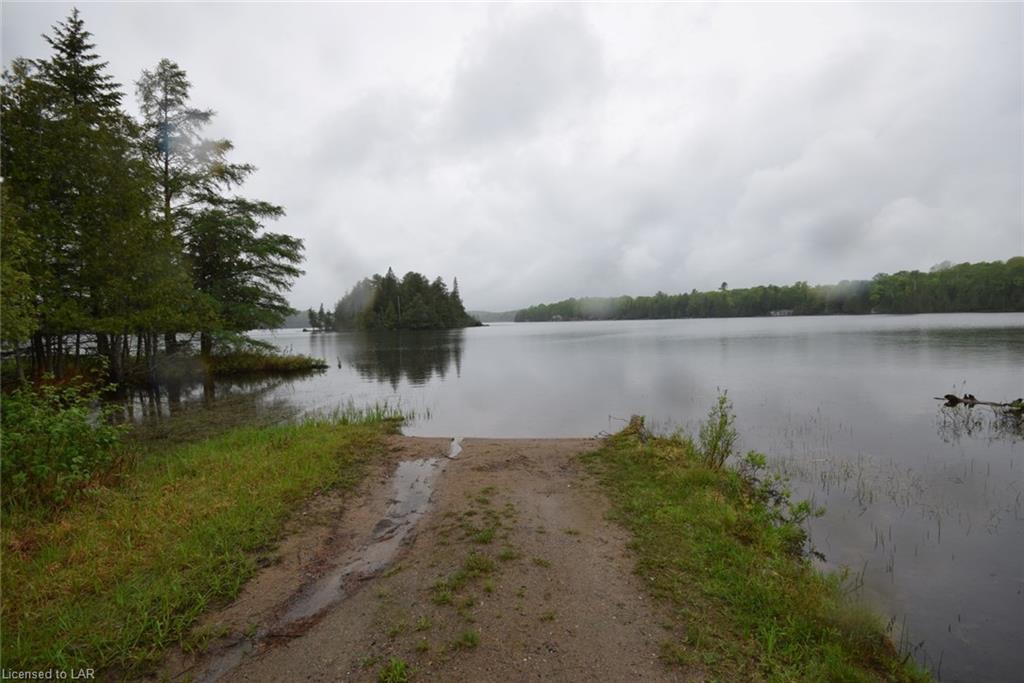 1097 EUREKA Road, Haliburton, Ontario (ID 262184)