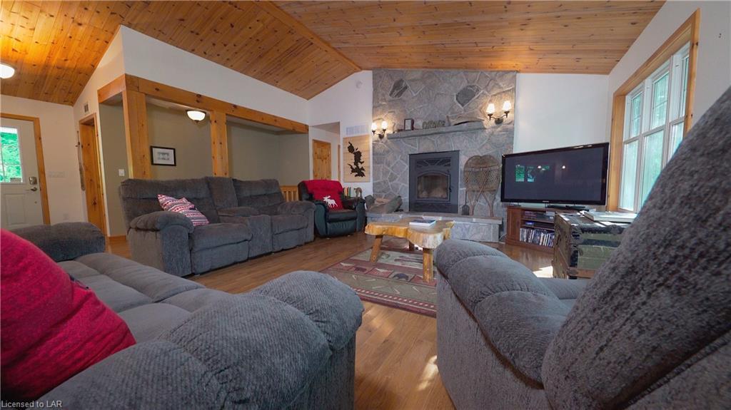 2615 BOICE BRADLEY Road, Haliburton, Ontario (ID 273192)