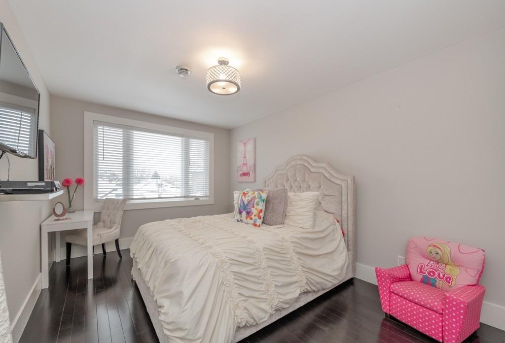 291 Gamma St, Toronto, Ontario (ID W4689282)