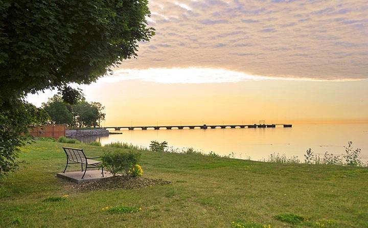 100 Burloak Dr, Burlington, Ontario (ID W4706316)