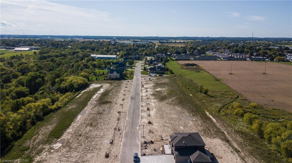 251 HAZELTON Lane, Exeter, Ontario (ID 141586)