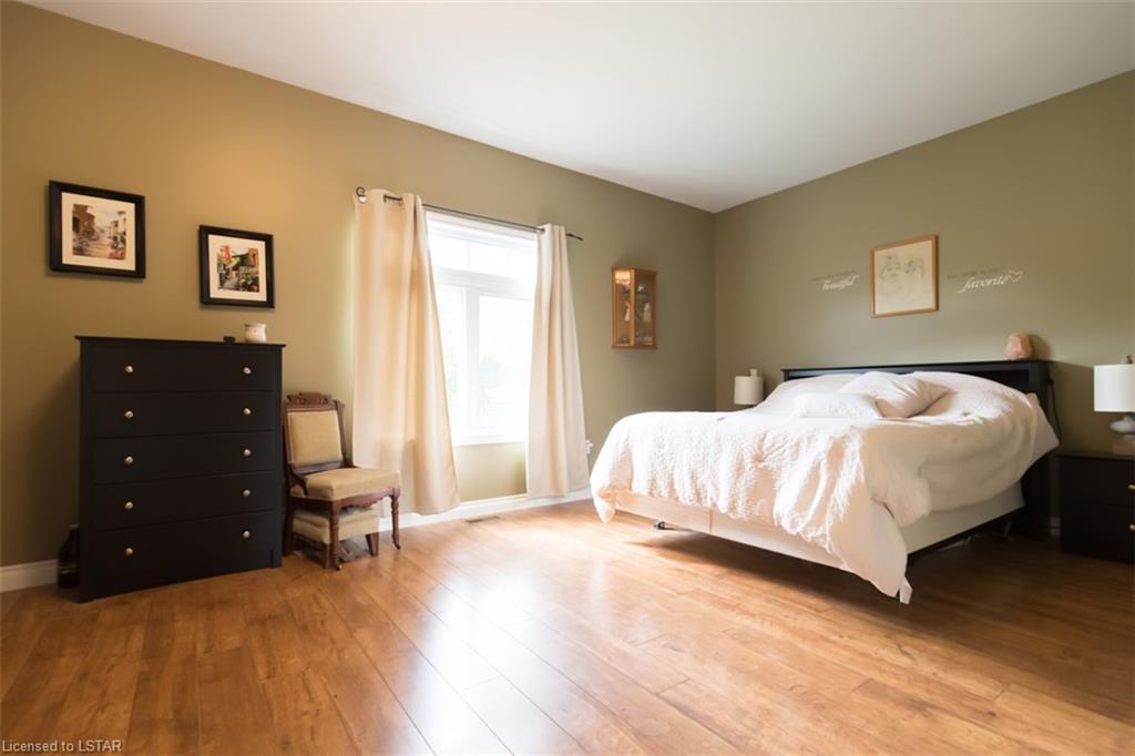 37 JANE Street, Belgrave, Ontario (ID 40030047)