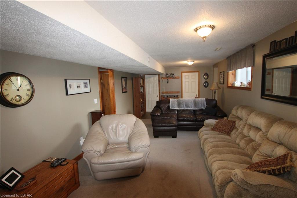 36834 CREDITON Road, Dashwood, Ontario (ID 40045266)