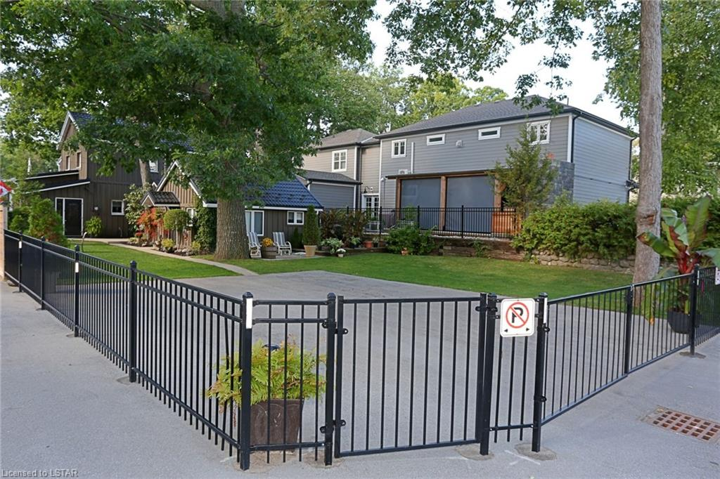 17 EILBER Road, Grand Bend, Ontario (ID 40052479)