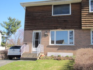 18 CARRIAGE CRT, Kingston, Ontario (ID 360580131)