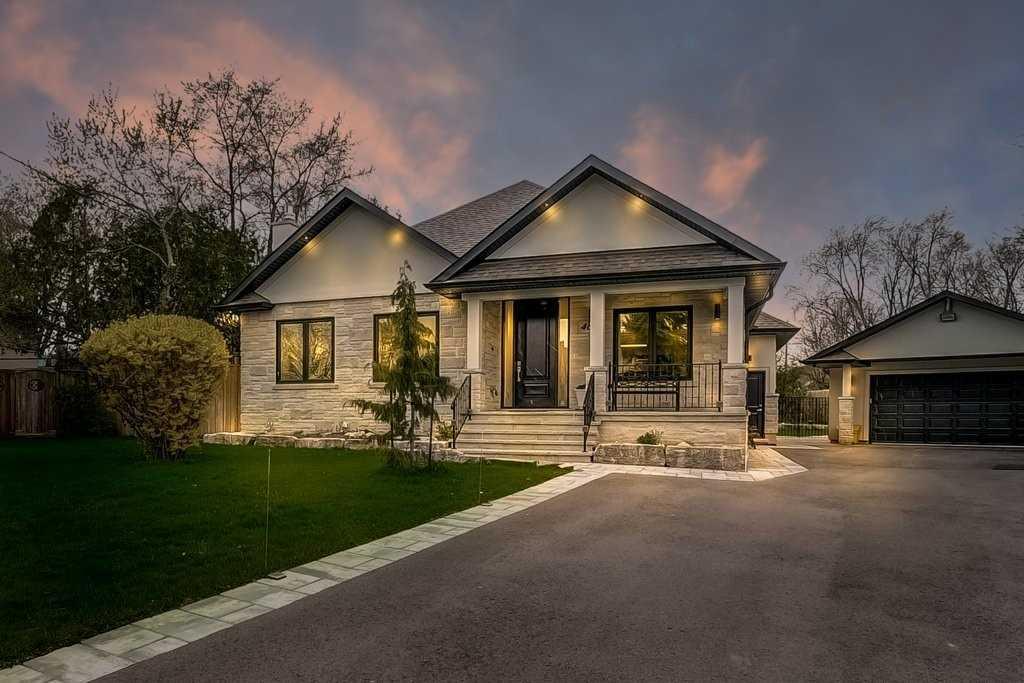 469 Sandmere Pl, Oakville, Ontario (ID W5252588)