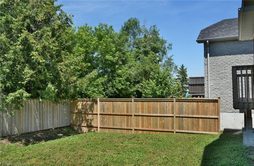 105 CHANDLER Crescent, Peterborough, Ontario (ID 207131)