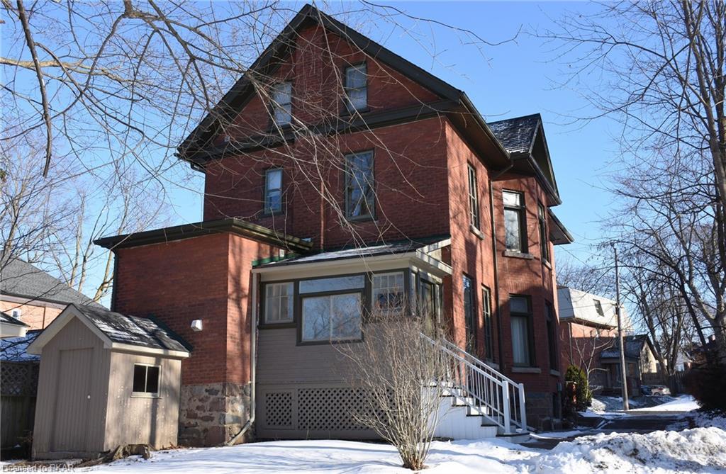383 PARK Street N, Peterborough, Ontario (ID 234519)