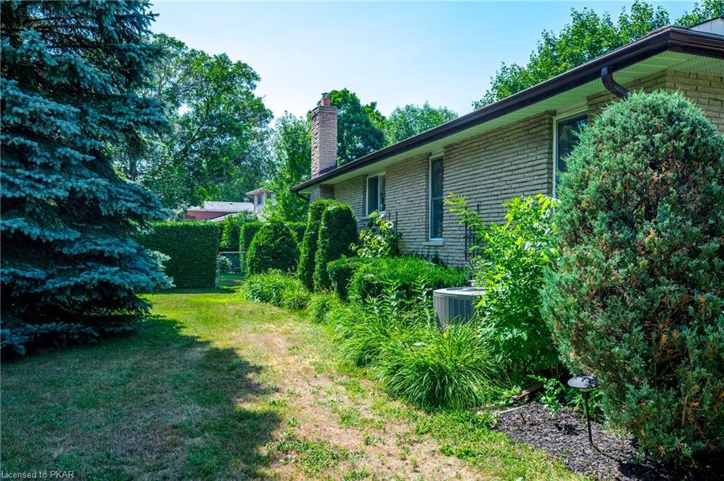 1703 PINEHILL Drive, Peterborough, Ontario (ID 276005)