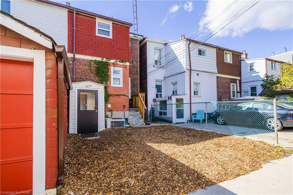 189 HASTINGS Avenue, Toronto, Ontario (ID 40031500)