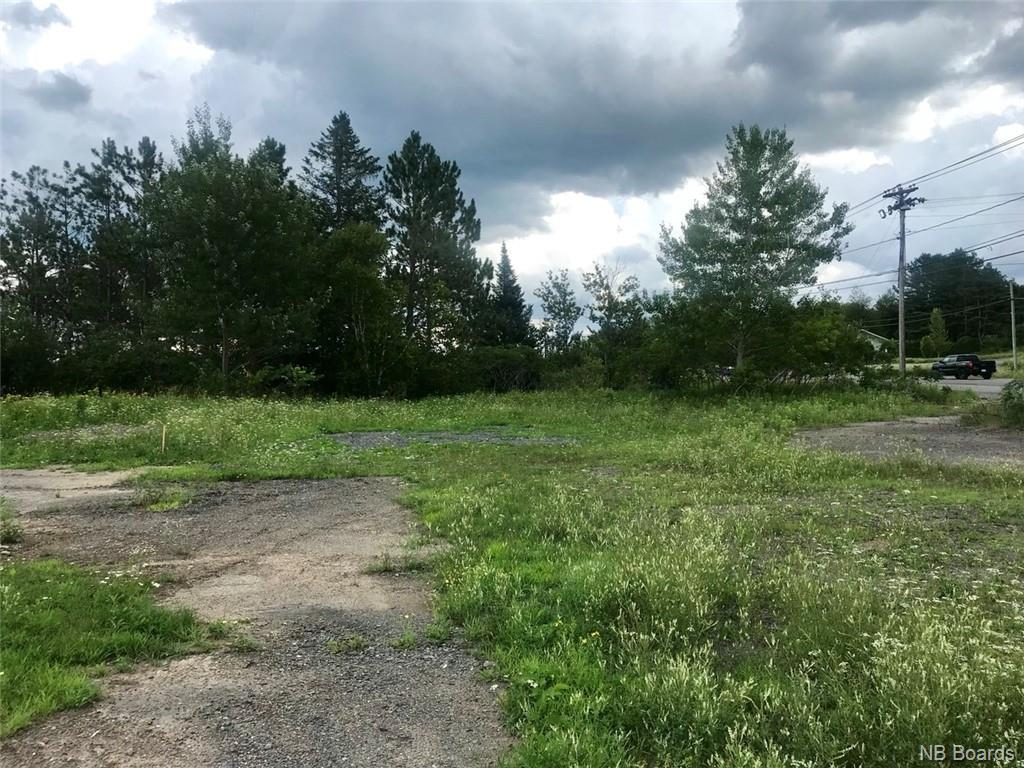 3131 Woodstock Road, Fredericton, New Brunswick (ID NB046628)