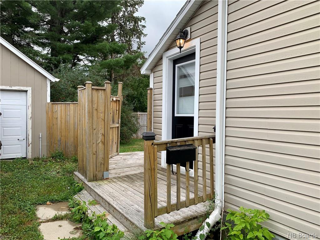 8 Cochrane Street, Fredericton, New Brunswick (ID NB049500)