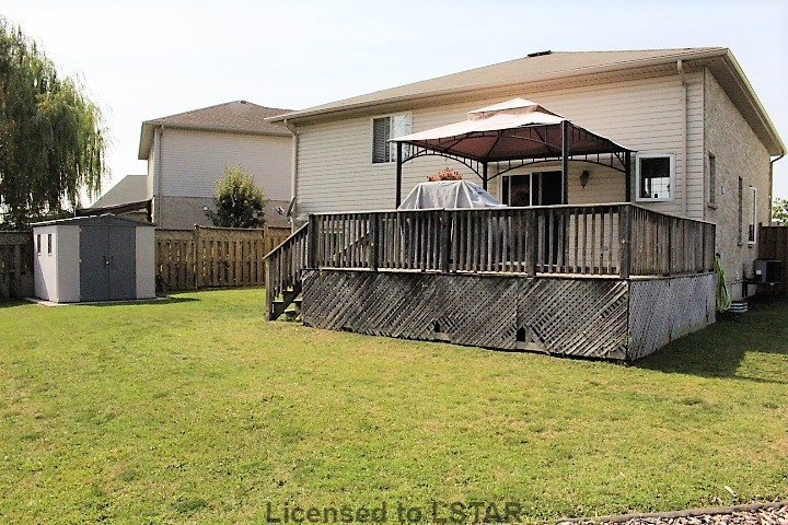 15 AMBERWOOD CT, St. Thomas, Ontario (ID 609428)