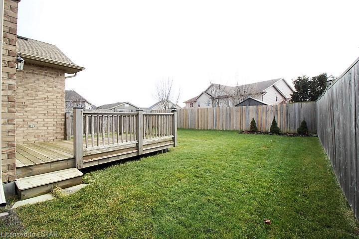 10 SUTHERLAND Court, St. Thomas, Ontario (ID 243802)
