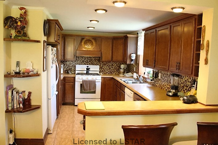 8891 POWERS RD, Central Elgin, Ontario (ID 590773)