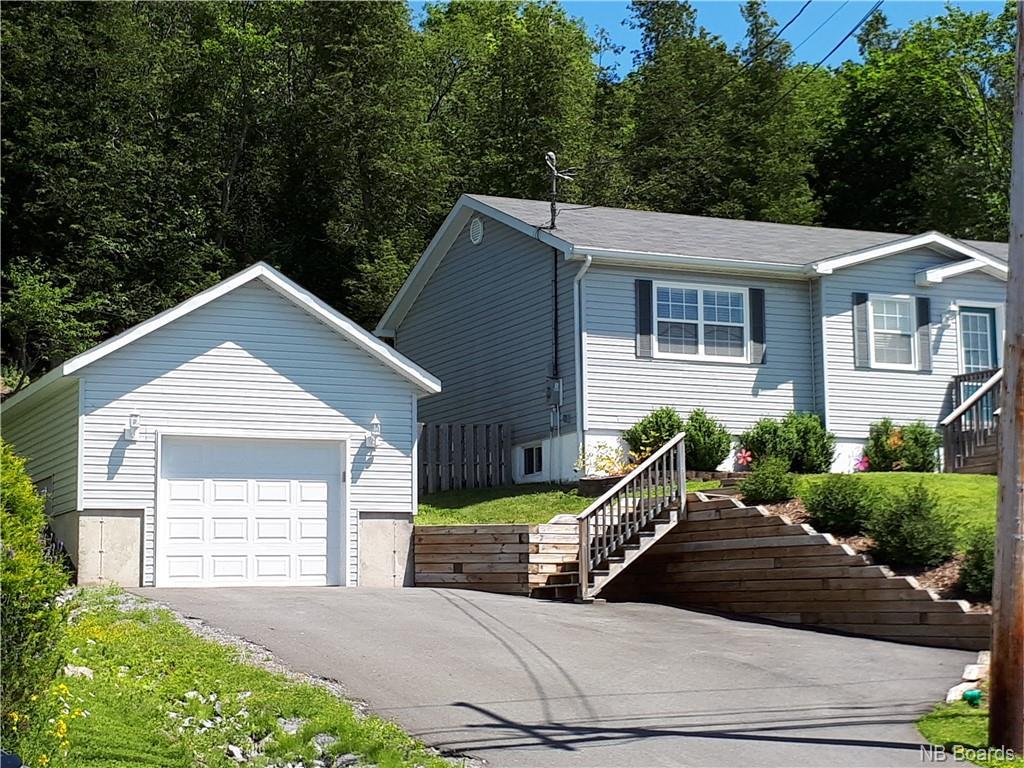 436 Gondola Point Road, Quispamsis, New Brunswick (ID NB041400)