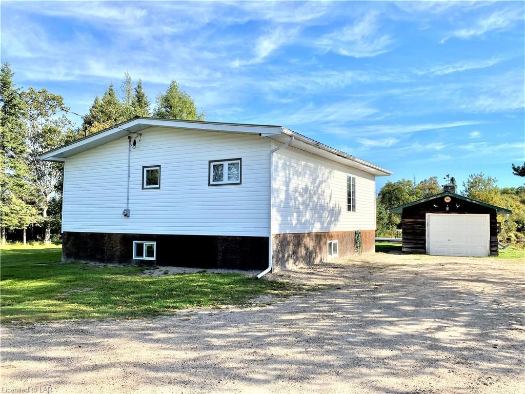 211 LEIGHTON Road, South River, Ontario (ID 40167283)