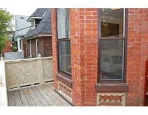 11 Fermanagh Ave, Toronto, Ontario (ID W1722658)