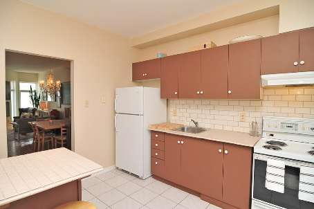 1538B Dupont St, Toronto, Ontario (ID W2371740)