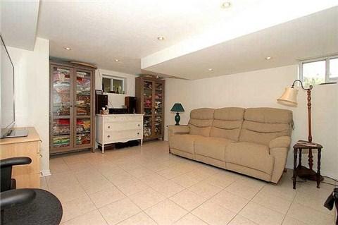 1082 Kipling Ave, Toronto, Ontario (ID W3206469)