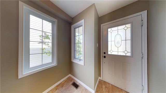 757 Laurelwood Drive, Waterloo, Ontario (ID 30658112)