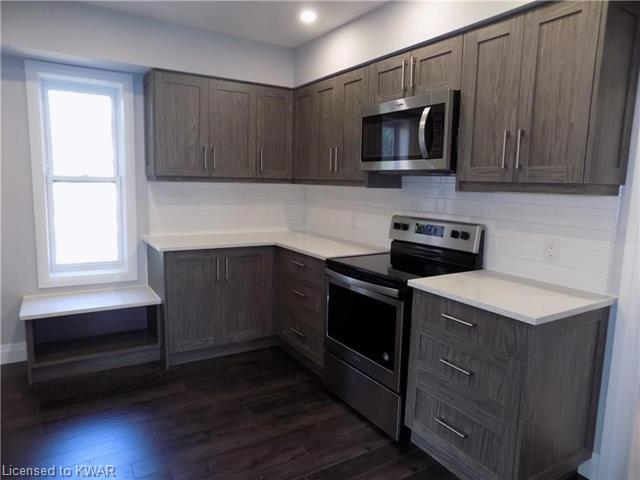8 WELLINGTON Street S Unit# Upper, Kitchener, Ontario (ID 40021318)