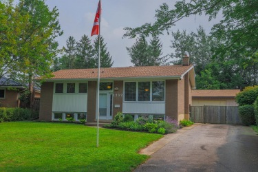 1232 Kaladar Dr., London, Ontario