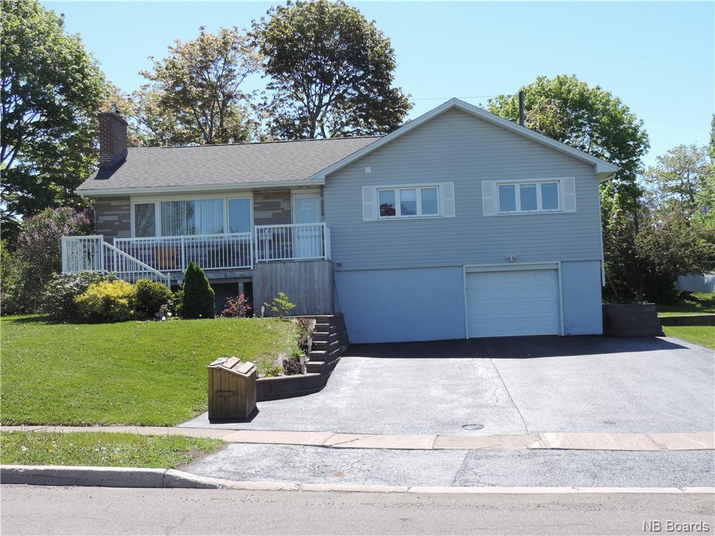 846 McCavour Drive, Saint John, New Brunswick (ID NB059041)