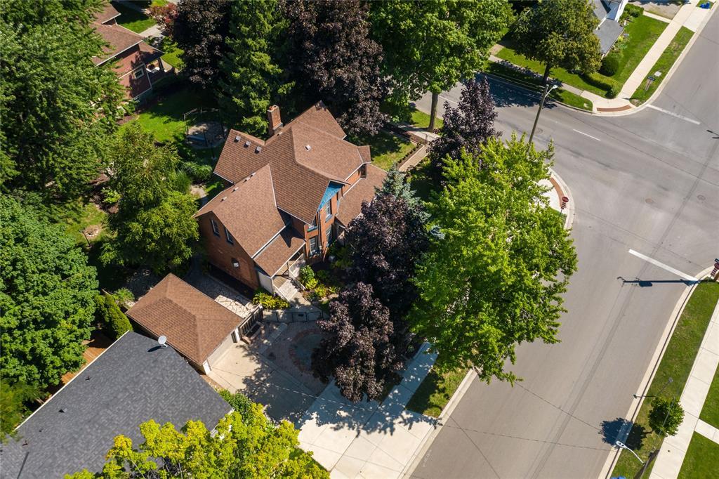 213 VIDAL Street South, Sarnia, Ontario (ID 20010211)