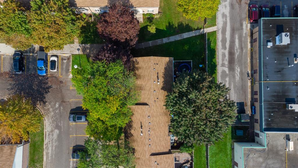 215 TRUDEAU Drive Unit# 19, Sarnia, Ontario (ID 21020092)